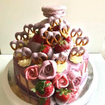 star baker cheshire drip cake