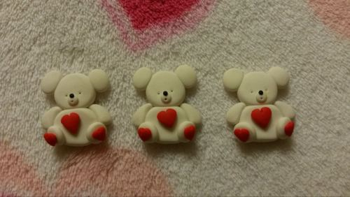 Pack of 3 Polar Bears - heart design