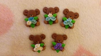 Pack of 5 Bears with flowers