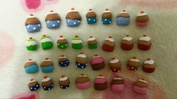 pack of 30 mini Cupcakes