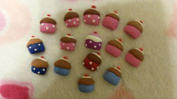pack of 15 mini Cupcakes