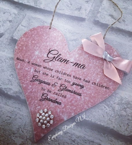 Hanging Heart 15cm with Glam-ma Quote Rose Gold