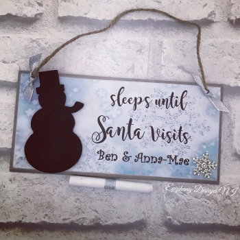 Sleeps until Santa Visits - personalised snowman countdown plaque