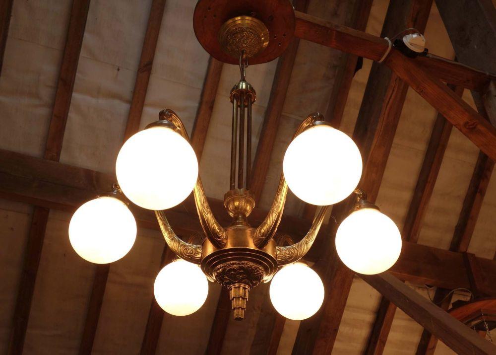 Art-deco-chandelier-globe-shade-6