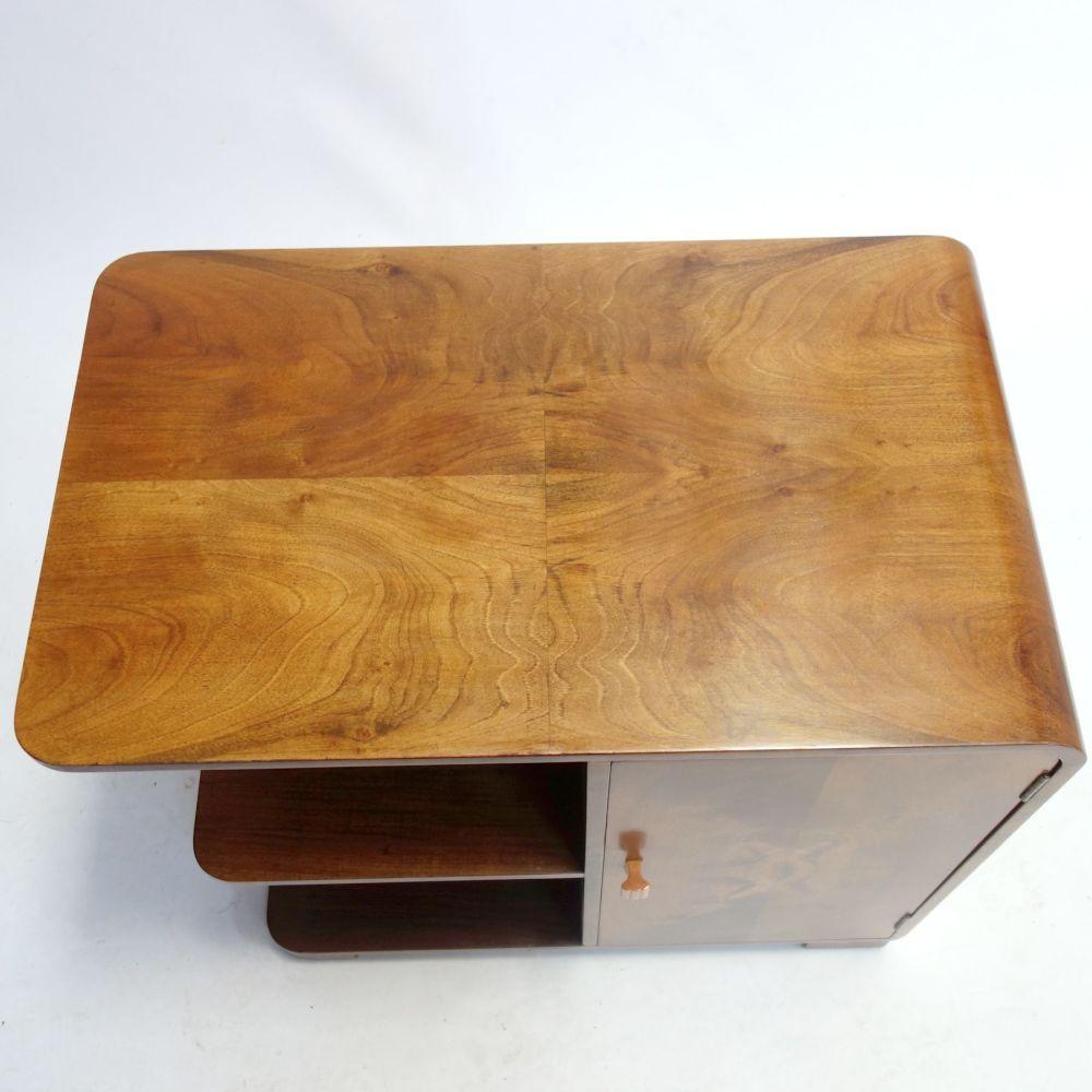 art-deco-bookcase-8-table