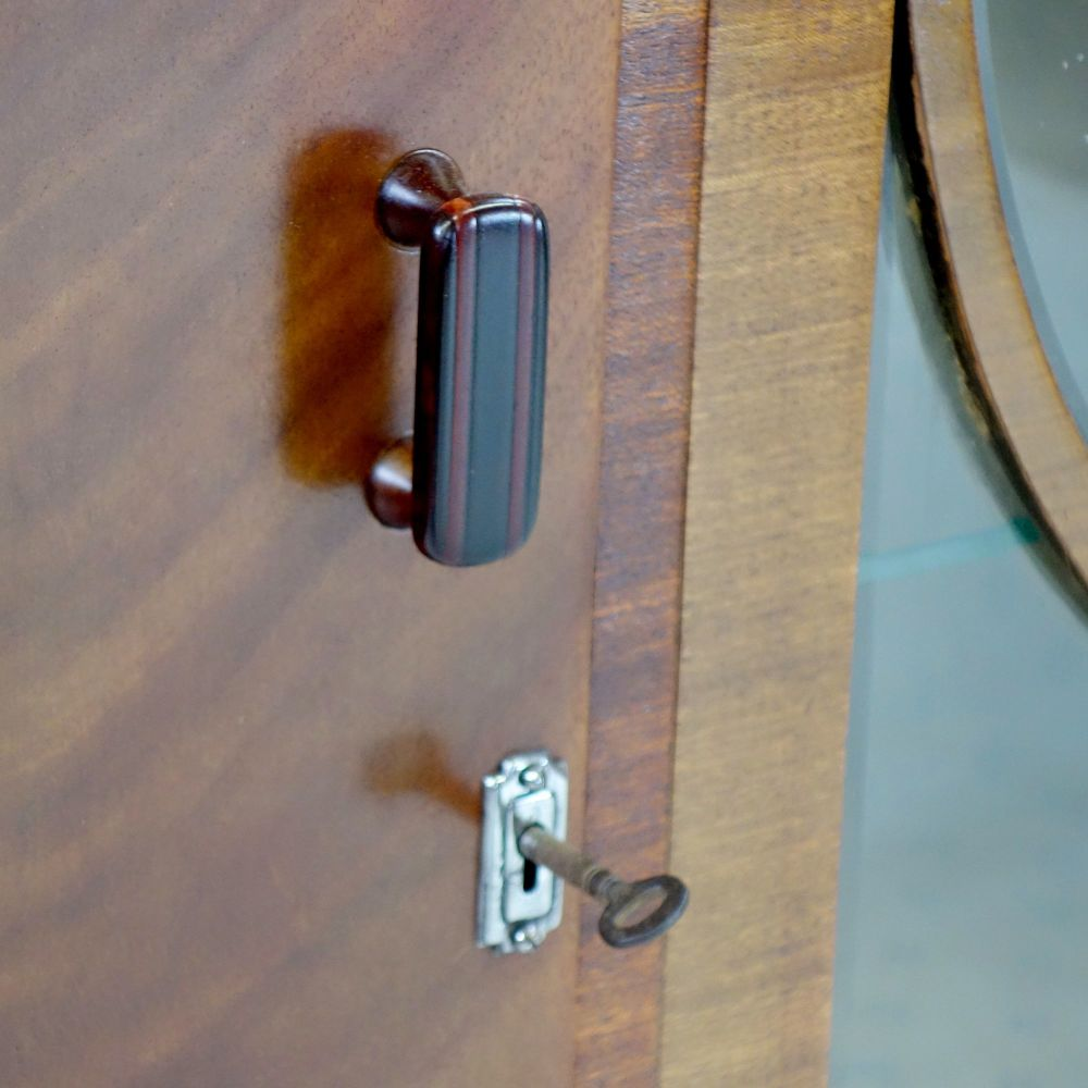 Art-Deco-Bullseye-Cabinet-handle