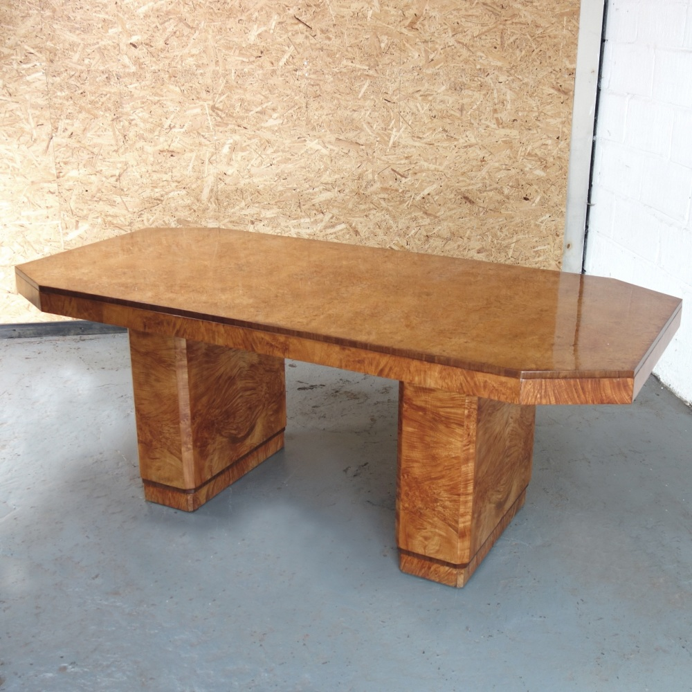Epstien-8-seat-Dining-table
