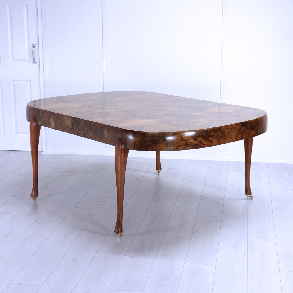 Adams-dining-table-closed