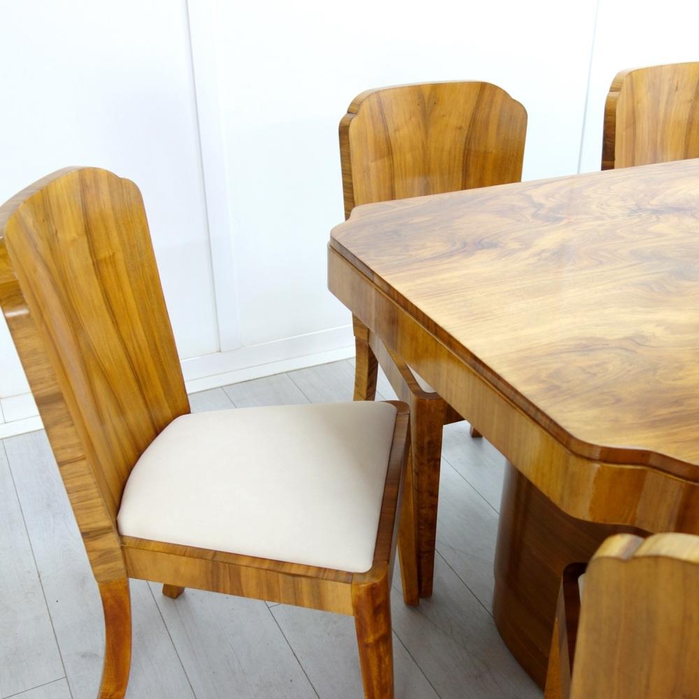 Art-Deco-Suite-Epstein-table-8