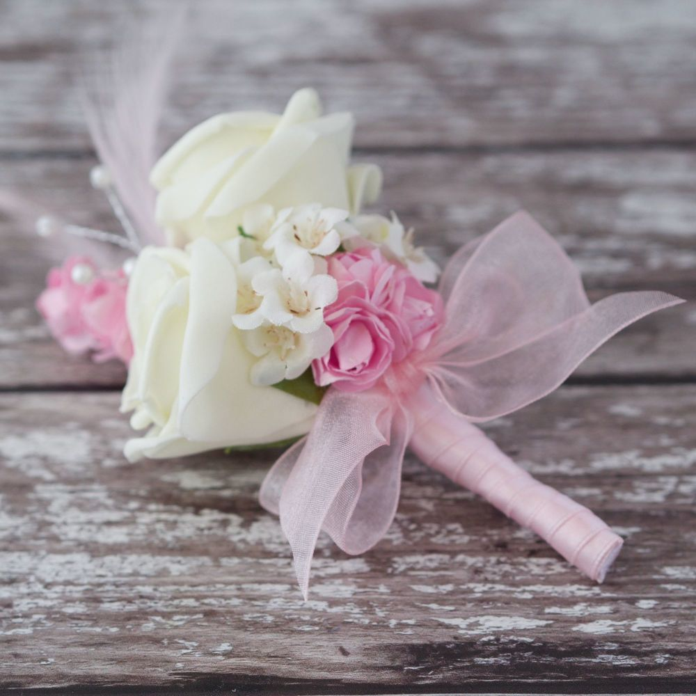 <!--090-->White Foam Roses Pastel Pink Feathers Silver Pearled Wedding Cors
