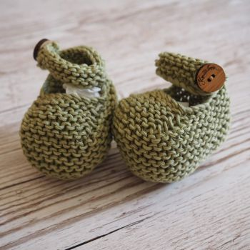 Olive Button Booties