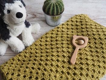 Apples & Pears Crochet Blanket