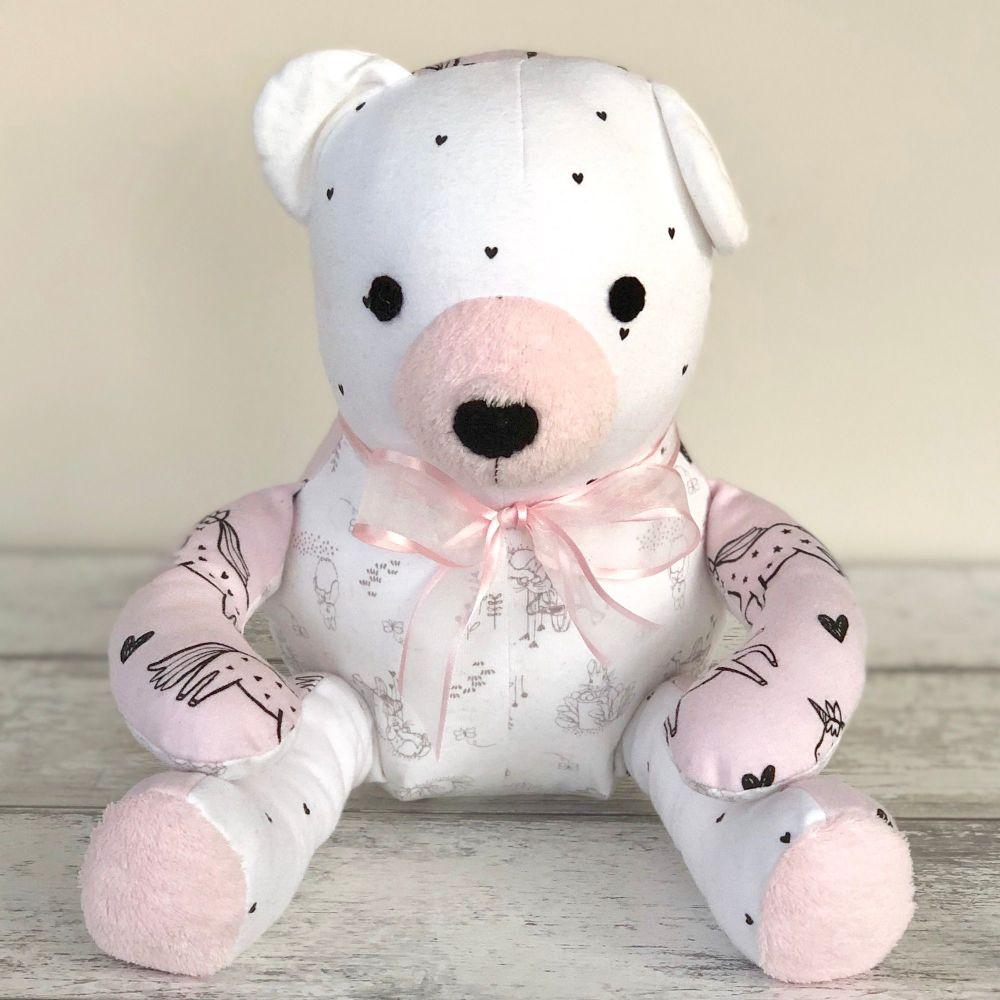 <!--002-->Memory Bear - Izzie Bear