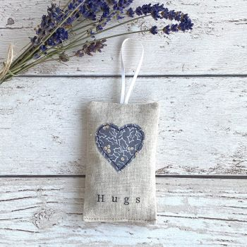 Christmas Hugs Heart Lavender Pouch - Grey Holly