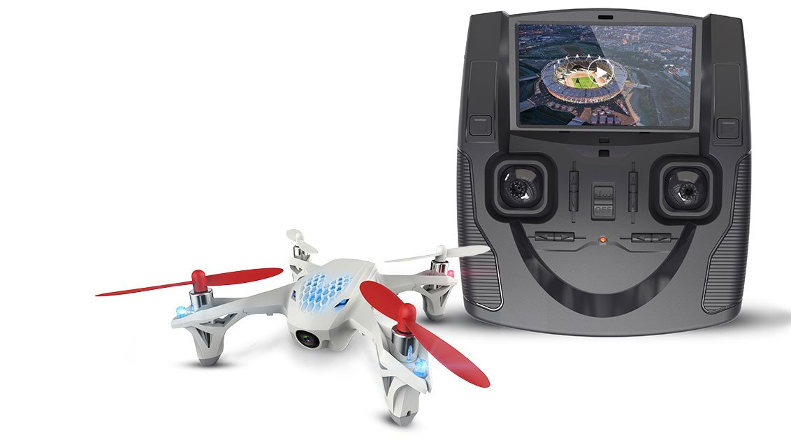 Hubsan-X4-FPV-review-with-controller