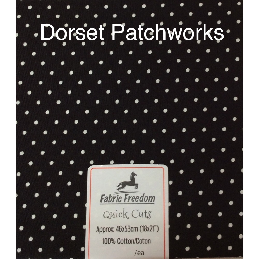 Fabric Freedom - Quick Cut - Black and white