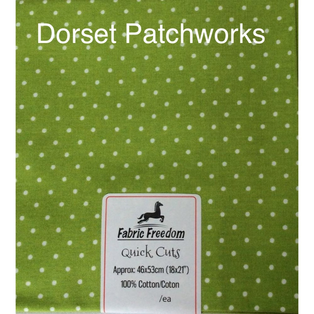 Fabric Freedom - Quick Cut - Apple green and white