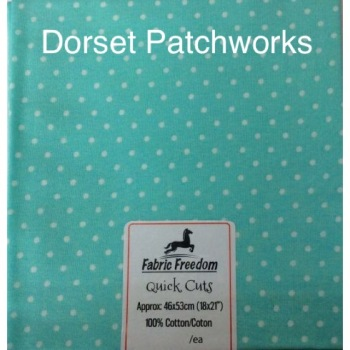 Fabric Freedom - Quick Cut - Light green and white