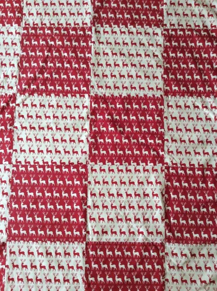 Reindeer Playmat/Quilt