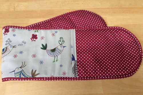 Polka Dot Oven Gloves (With Birds)