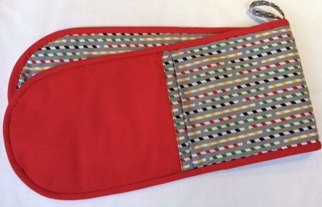 Oven Gloves (Multi-coloured - red)