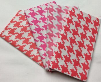 Michael Miller - Fat Quarter Bundle - Modern Basics Bloom - Large Houndstooth - Corals and Pinks