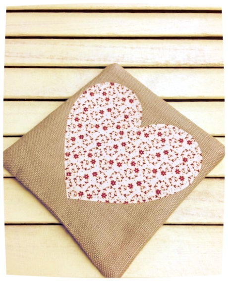 Heart Coaster (Ditsy Red on Cream)