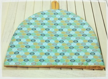 Tea Cosy - Green (with yellow lining)