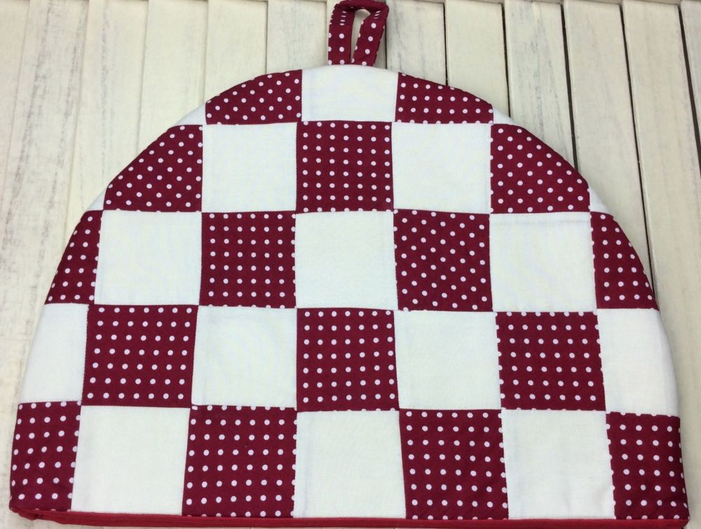Tea Cosy - Polka Dot (Red and Cream)