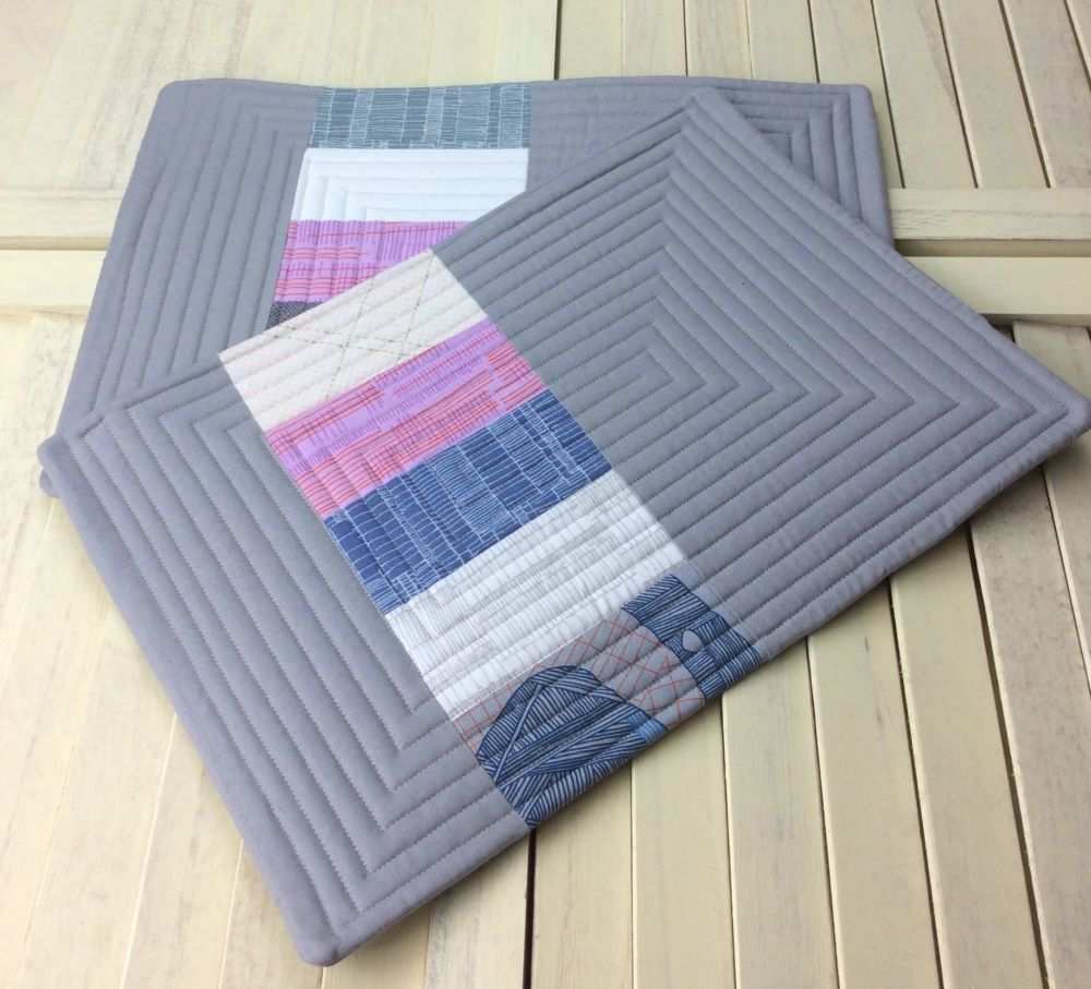 Set of Two Quilted Place Mats (Carkai Pinks)