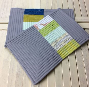 Set of Two Quilted Place Mats (Carkai Mint Green)