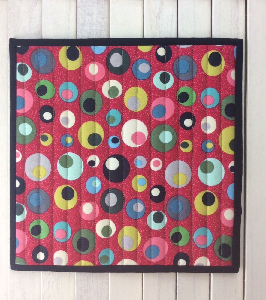 Mid Mod Circles Red Place Mat