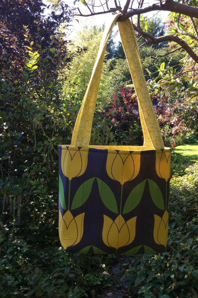 Tulip Tote Bag with Fable Wood Lining