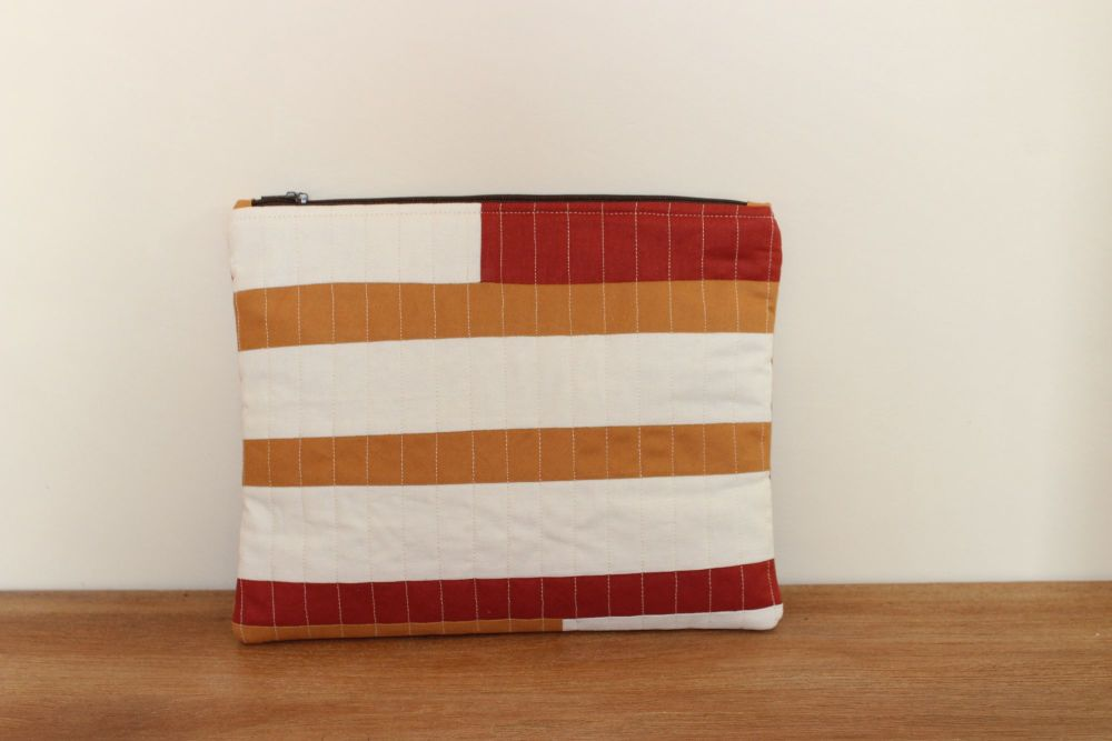 Dorset Patchworks Bits and Bobs Quilted Pouch (Caramel and Cinnamon)