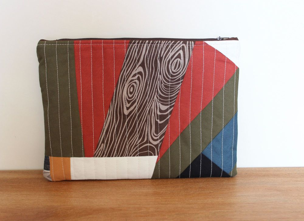 A Dorset Patchworks Bits and Bobs Quilted Pouch (Knotted Wood)