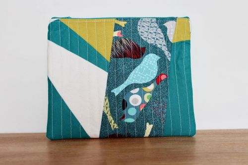 A Dorset Patchworks Bits and Bobs Quilted Pouch (Birds in Teal )