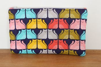 A Dorset Patchworks Bits and Bobs Quilted Pouch (Cool For Cats (D))