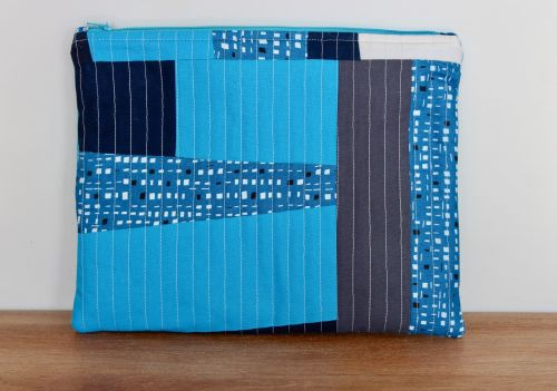 A Dorset Patchworks Bits and Bobs Quilted Pouch (Blues)