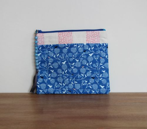 A Dorset Patchworks Bits and Bobs Quilted Pouch (September Blue, Birds)