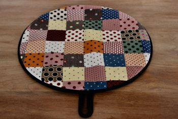 Single Patchwork Aga Pad (Scrappy Dots)