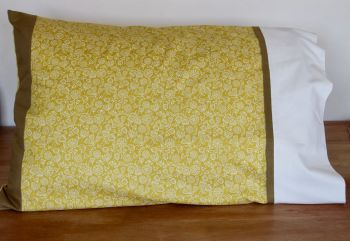 Pair of Flower Power Pillow Cases