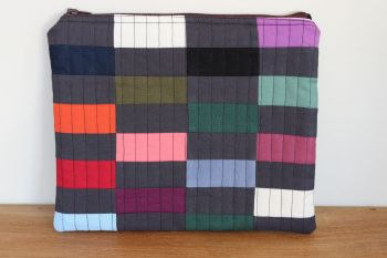 A Dorset Patchworks Bits and Bobs Quilted Pouch (Coloured Bricks)(2)