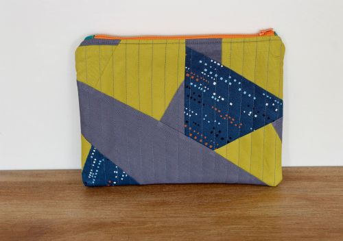 A Dorset Patchworks Bits and Bobs Quilted Pouch (Altitude)