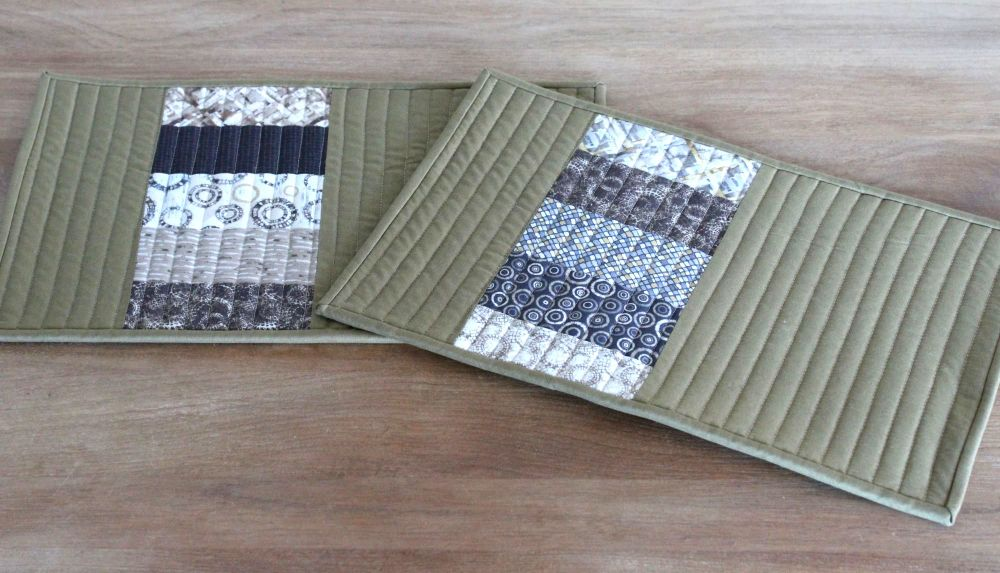 Set of Two Quilted Place Mats (MicroLife Textures - Khaki)(5)
