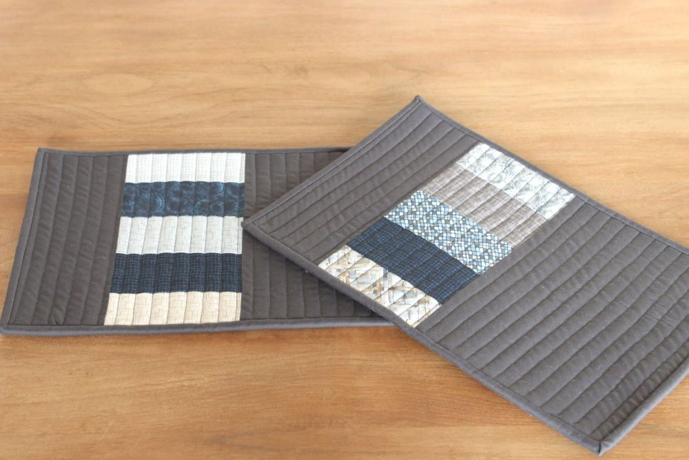 Set of Two Quilted Place Mats (MicroLife Textures - Blue)(8)