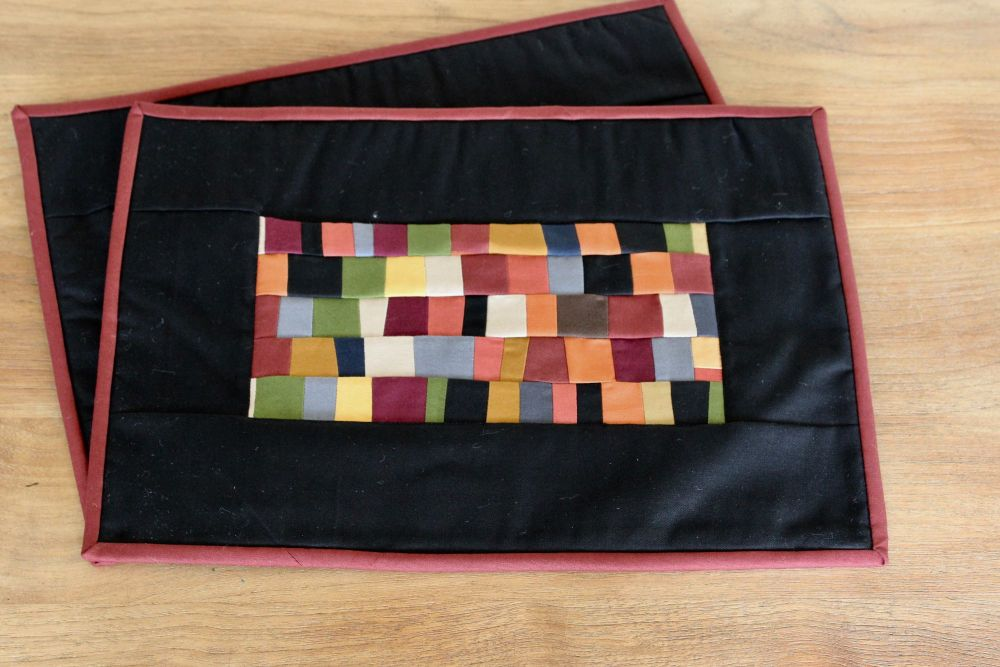Set of Two Artisan Quilted Place Mats (Coloured Bricks)(2)