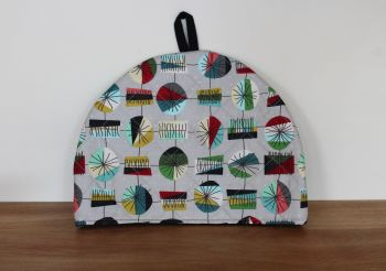 Mid Mod Main in Grey Quilted Tea Cosy(2)