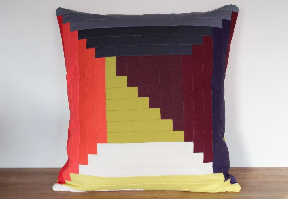 Log Cabin Quilted Cushion(1)