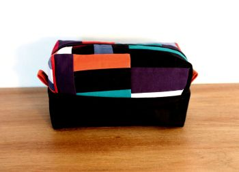 A Dorset Patchworks Bits and Bobs  Box Pouch (Coloured Blocks)