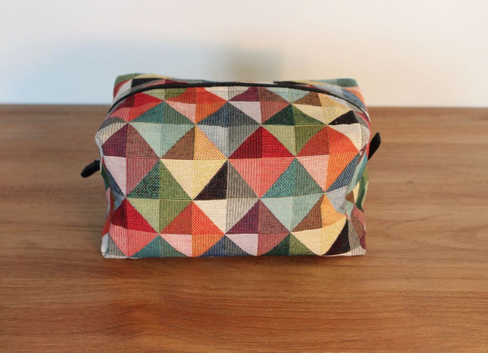 A Dorset Patchworks Bits and Bobs  Box Pouch (Multi-Coloured)